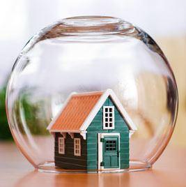 Кто сомневается, что нужно страховать квартиру?